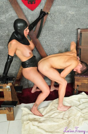kinky tranny in latex fucks a guy